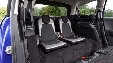 Citroen Grand C4 Picasso 2016 - rearmost seats