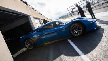 NextEV NIO EP9 electric hypercar - Paul Ricard pits