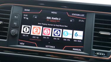 SEAT Leon Cupra R ST ABT - screen