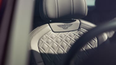 Bentley Flying Spur V8 - seat detail