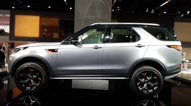 Frankfurt - Land Rover Discovery SVX - side