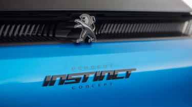Peugeot Instinct Concept - badge