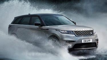 Range Rover Velar water splash