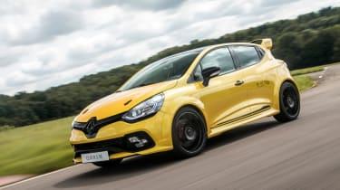 Renault Clio RenaultSport R.S.16 2016 - front cornering 2