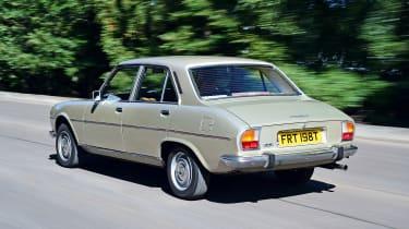 Peugeot 504 - rear