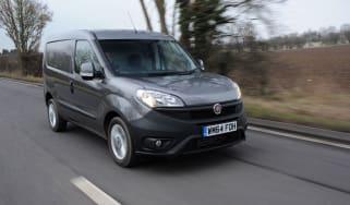 Fiat Doblo Cargo van 2015 - tracking