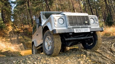 frontLand Rover Defender three-quarters