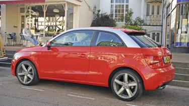 Audi A1: First report header