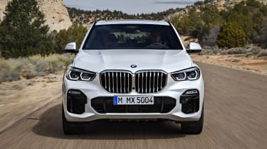 BMW X5 - full front action