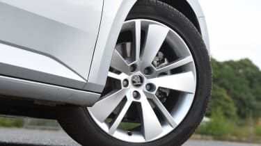 Skoda Superb Estate - wheel detail