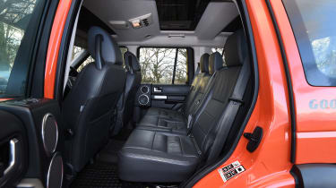 Land Rover Discovery Mk3 - rear seats