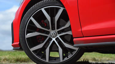 Volkswagen Golf GTI - wheel