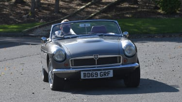 Electric MGB - front cornering