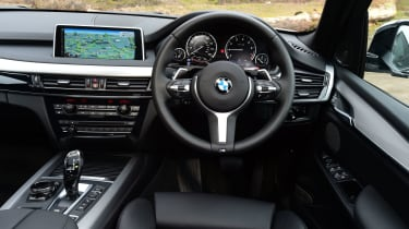 BMW X5 xDrive40e hybrid - interior