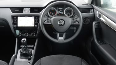 Skoda Octavia Scout review - steering wheel