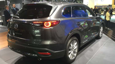 Mazda CX-9 2016 - new york rear quarter