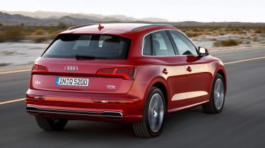 Audi Q5 SUV - rear tracking