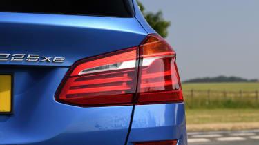 BMW 225xe Active Tourer - taillight