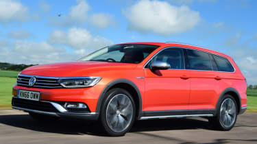 Volkswagen Passat Alltrack - orange dynamic