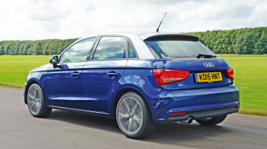 Audi A1 Sportback - rear tracking
