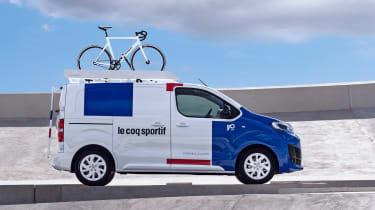 Citroen Disptach Le Coq Sportif - side