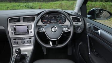 Volkswagen Golf Estate cabin