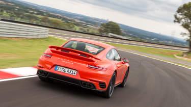 Porsche 911 Turbo S 2016 - rear cornering