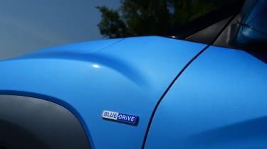 Hyundai Kona Hybrid - hybrid badge