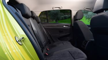Volkswagen Golf Mk8 - rear seats