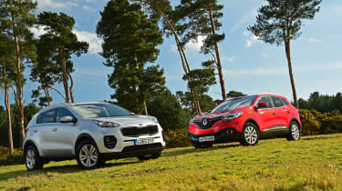 Kia Sportage vs Renault Kadjar - header panning