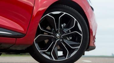 Renault Clio - wheel detail