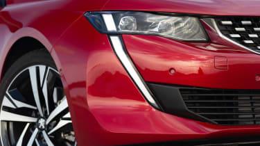 Peugeot 508 - headlight