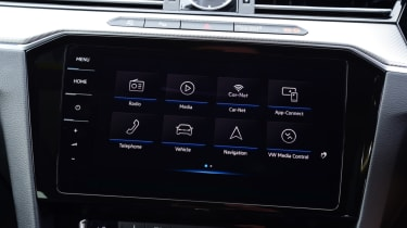 Volkswagen Arteon review - infotainment