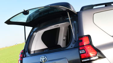 Toyota Land Cruiser Utility Commercial - rear window