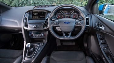 Ford Focus RS Mountune - dash