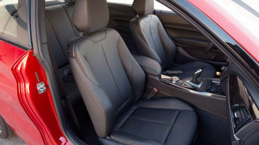 BMW M235i 2014 seats