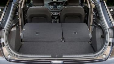 Hyundai i20 Active 2016 - boot seats folded