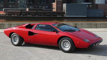 Lamborghini-Countach-1974-