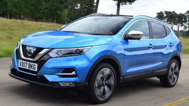 Used Nissan Qashqai Mk2 - front action
