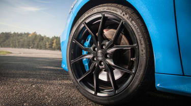 Ford Focus RS 2016 - wheel