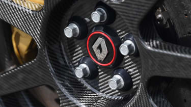 Renault Megane R.S. Trophy-R - wheel centres
