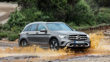 Mercedes GLC - front water