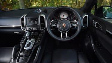 Used Porsche Cayenne - dash