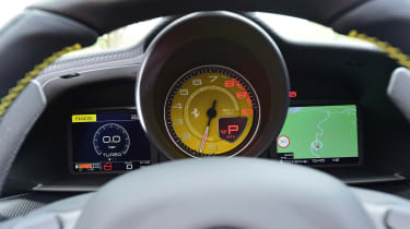 Ferrari 488 Pista Spider - dials