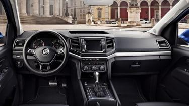 Volkswagen Amarok V6 - interior