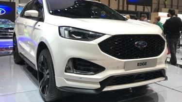 2018 Ford Edge front quarter