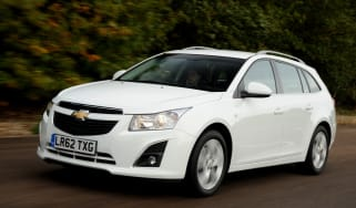 Chevrolet Cruze SW front action