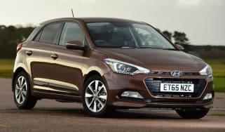 Used Hyundai i20 - front