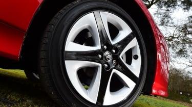 Toyota Prius 2016 UK - wheel