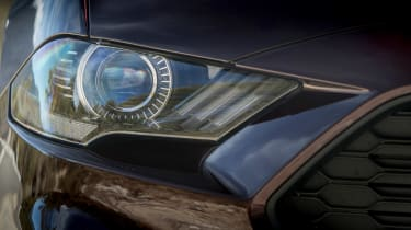 Ford Mustang EcoBoost Convertible - front lights